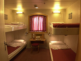 2 4 Beds Cabins Und Air Type Seats On Minoan Lines