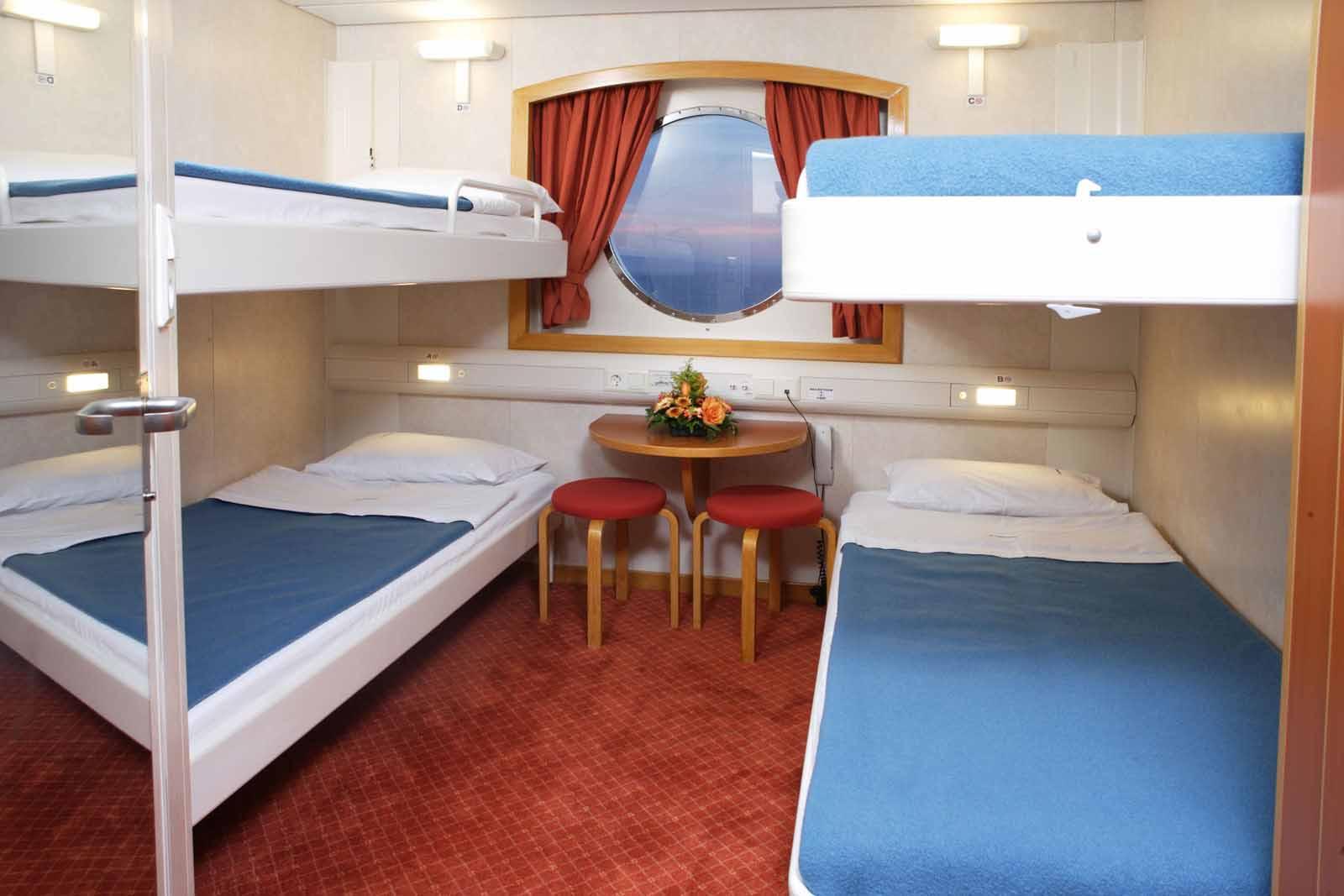 H/S/F Hellenic Spirit 4 Bed outside cabin