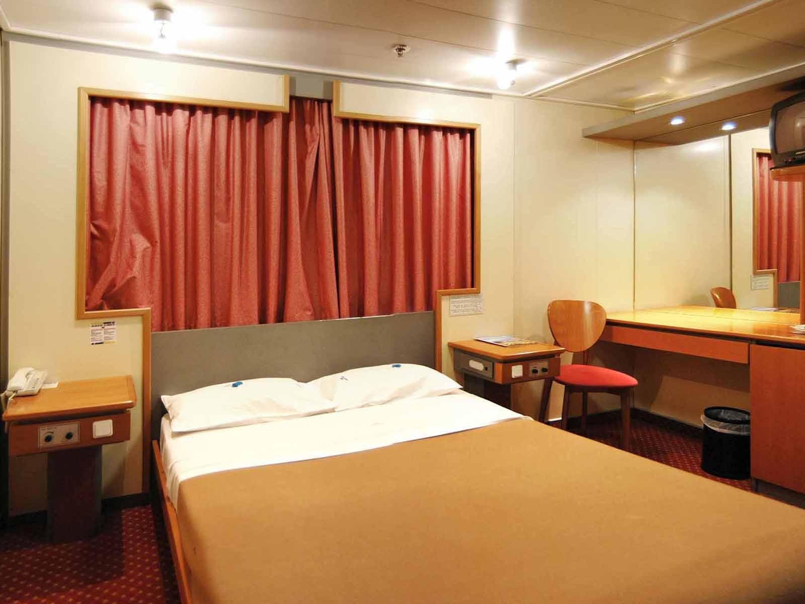 F/B Kriti I Lux cabin
