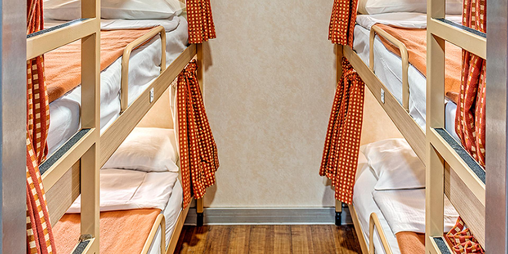 F/B Superfast XI 4 Bed inside cabin