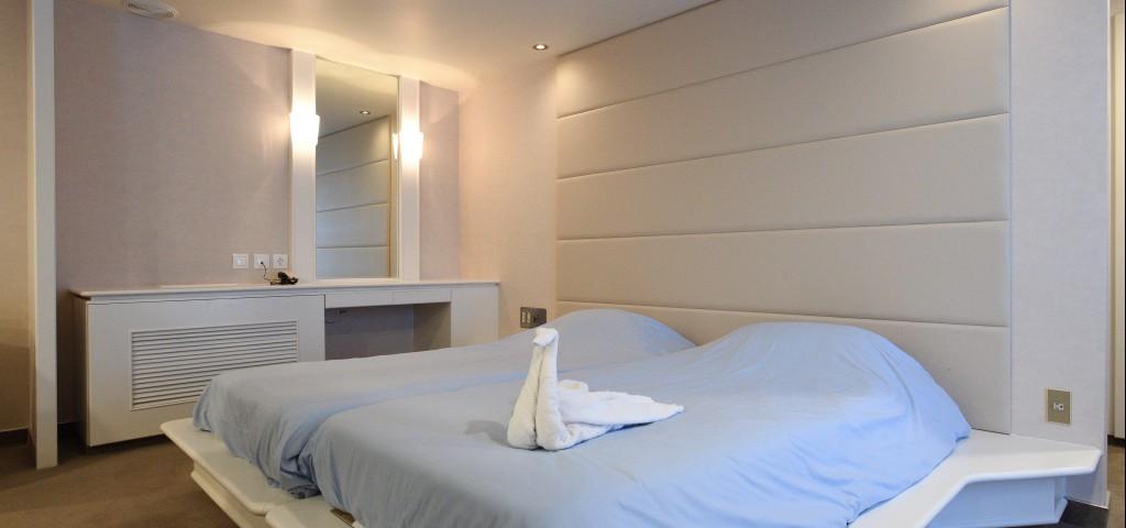 F/B Nissos Samos 2 bed inside cabin