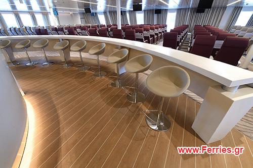 H/S/C Santorini Palace Economy Premium Class - Front Seats