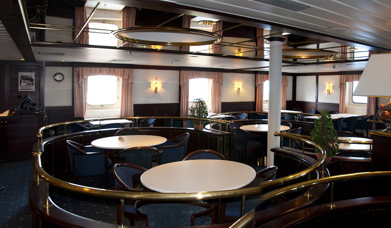 Passenger/Ro-Ro Euroferry Olympia Saloon Bar