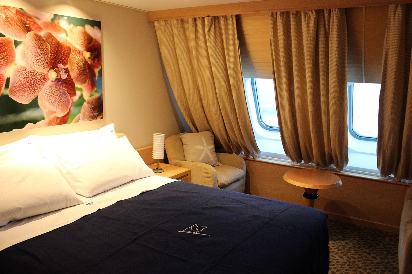 Passenger/Ro-Ro Europa Palace Lux cabin