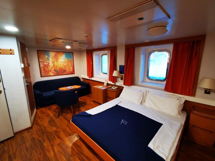 Passenger/Ro-Ro Zeus Palace Lux cabin