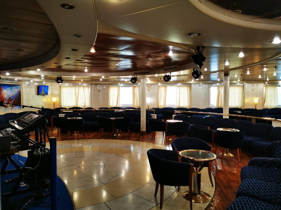 Passenger/Ro-Ro Zeus Palace Lounge