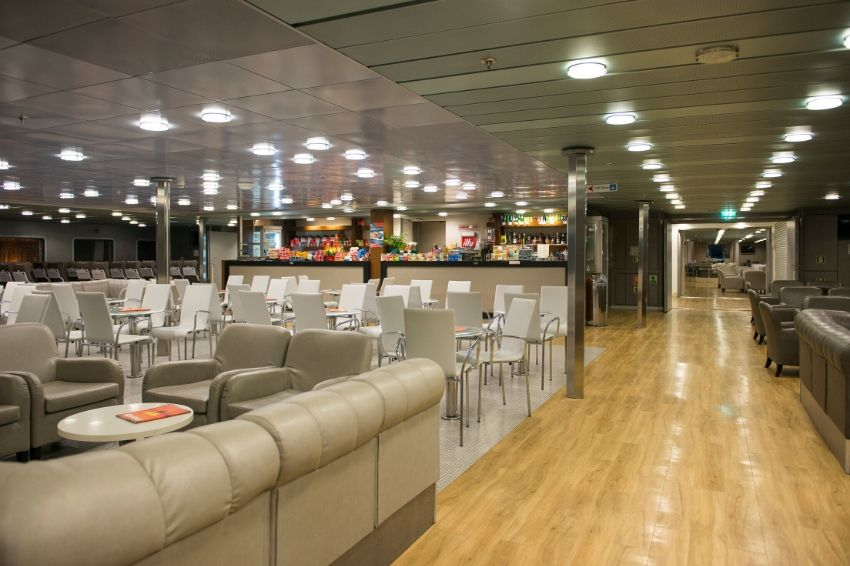 F/B Fast Ferries Andros Bar Economy Class